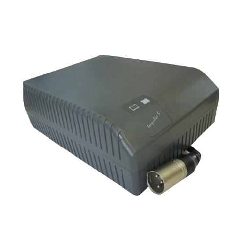03017002 Caricabatteria elettronico 24 V 8 Ah
