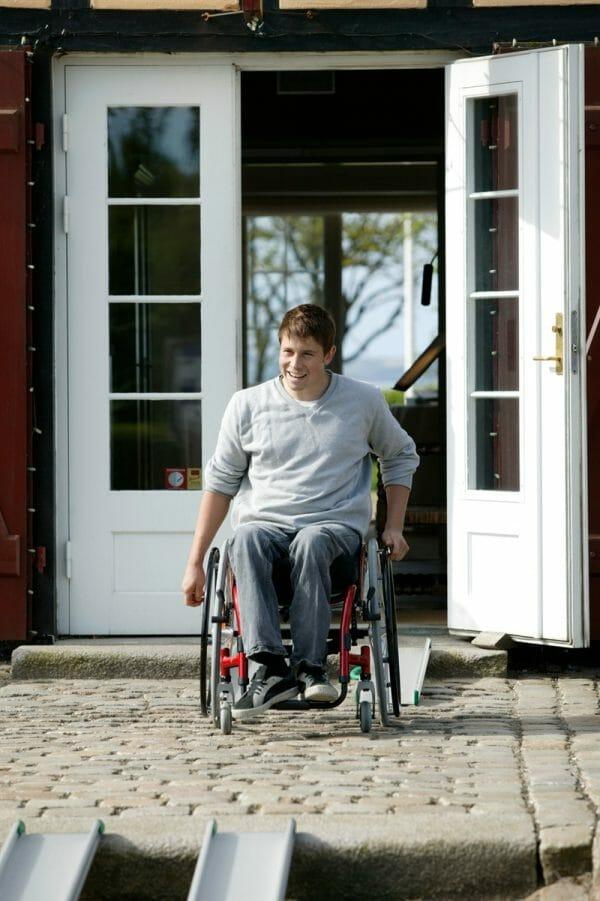 Rampa per disabili fissa 7