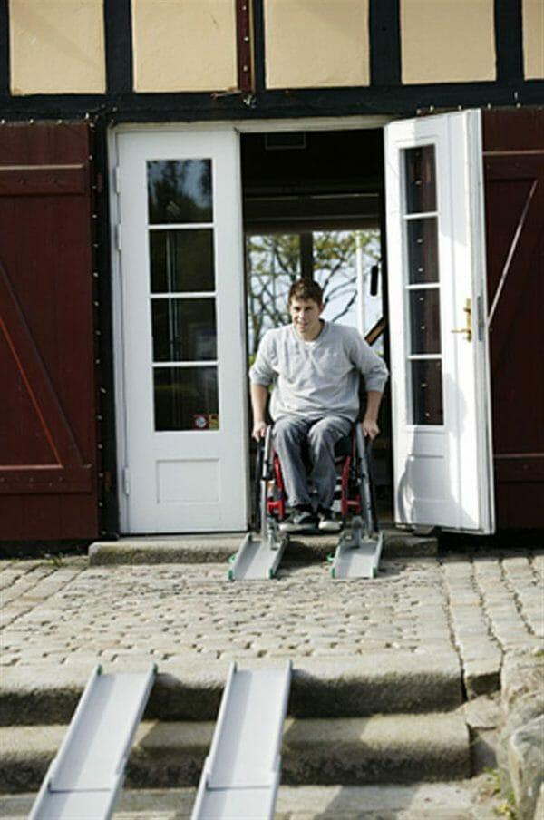 Rampa per disabili fissa 5