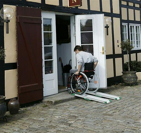 Rampa per disabili fissa 10