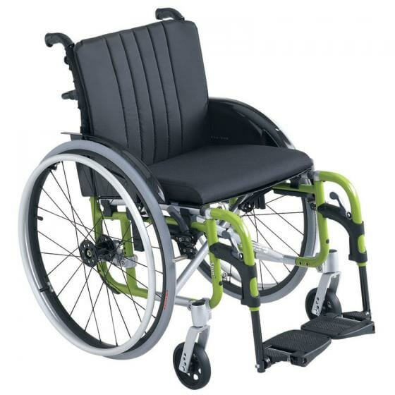 Carrozzina Superleggera SpinX Invacare 2