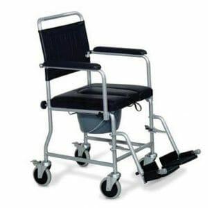 Noleggio poltroncina comoda con ruote e wc